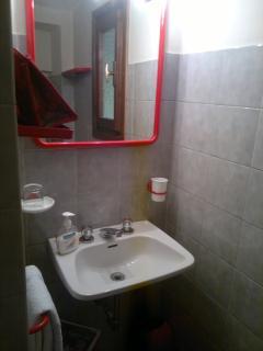Il piccolo bagno di servizio