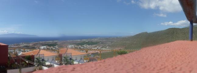 looking at Gomera from sun terrace