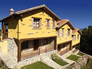 Casa Rural de 85 m2 de 3 dormitorios en Casas Del
