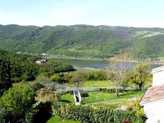 'Poggio al lago' rental vacation, close to Venice and Garda Lake