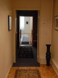 view through entrance foyer to front living room
