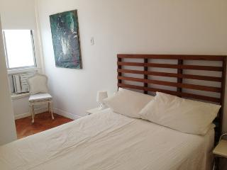 Ipanema bright apartment, 200 m to the beach
