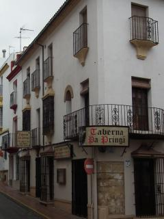 Taverna on Plaza de Carmen Albela