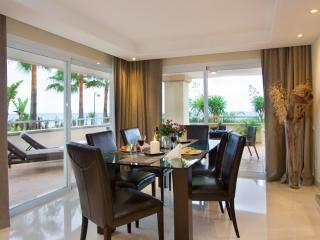 102-All year around HEATED POOL beachfront oasis 3-bedroom SERVICED Apartment