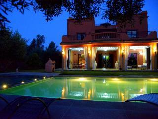 Villa à Louer à Marrakech, Sidi Abdallah Ghiat