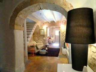 Karine charming house in Binissalem