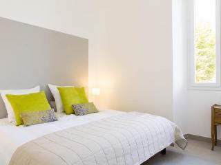 Modern 1 bedroom 238