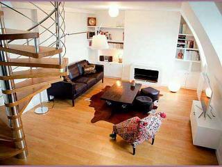 Penthouse Dream Two Bedroom Duplex - ID# 284, París
