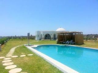 Yasmine Maamoura Dar Oufa Beach, Nabeul