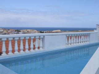 Excellent Sea view from the pool