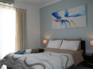 Modern apartment, Qawra