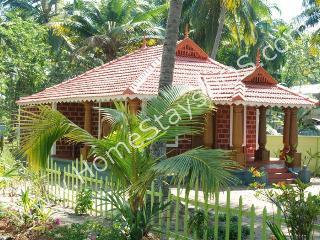 Cochin Back Water facing Luxury Villa