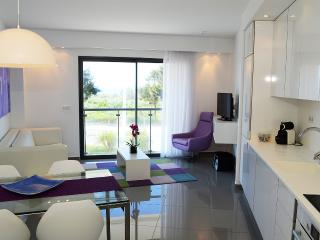 Algarve Residenc T2 frente mar, Monte Gordo