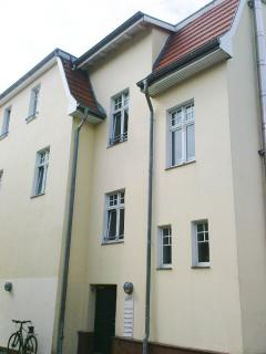 Eingang 'Herthaburg' an der Seite rechts