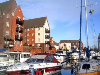 Canary Quay apartment has great amenities located on the South Harbour sleeps 4