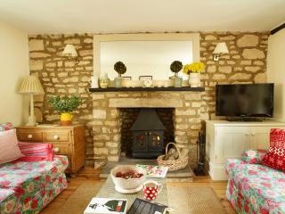 Boutique cottage in pretty Rutland village four miles outside historic Stamford