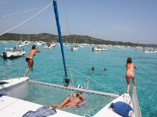 Asinara Catamaran - Day Tours and Charters, Stintino