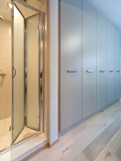 Shower room & bedroom closets