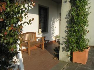 il patio di ingresso dell'appartamento