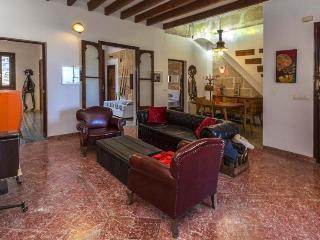 Vintage Flat, 3 Bedrooms., Palma de Mallorca