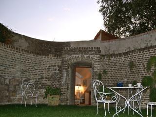 La Tour, Montreuil-sur-Mer