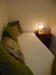 Small 4th bedroom/snug on ground floor
