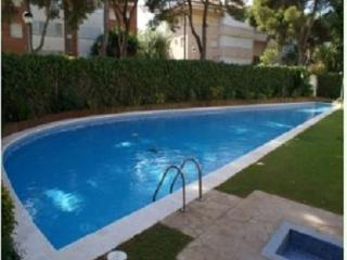 Cozy apartment in Sitges HUTB-011931