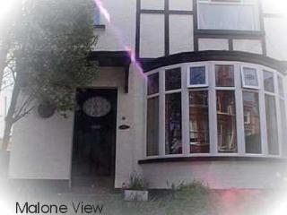 4 BEDROOM Holiday House in South Belfast Malone Avenue
