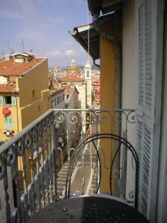 Balcony and view to the famous Place Rossetti
