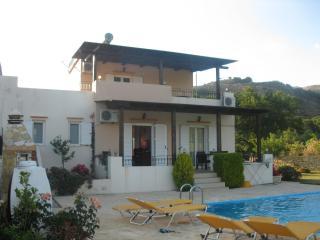 Villa AMALTHEE, Lampini