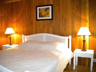 Grand lit ferme mais moeulleux de 160cm