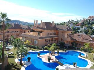 Stunning apt. - 5 star complex near Puerto Banus, Nueva Andalucia