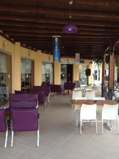 Snack bar & restaurant