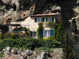 Le Rocher, Cotignac