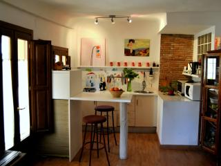 1 kitchenette