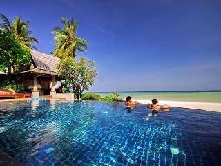 Baan Sarika 5 BR Luxury Beachfront Villa, Lamai Beach