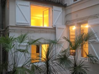 St Germain des Pres/Latin quarter - sleeps 6