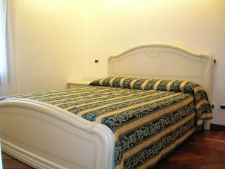 Cozy apartment for 4 in Ghetto