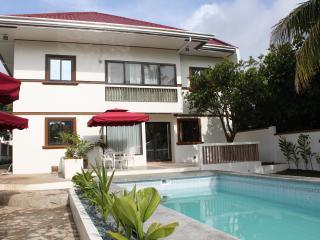 CARASUCHI VILLA 2, Tagaytay