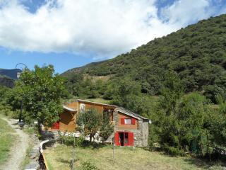 le fenil dEvol  , grange restaurée ,montagne, Olette