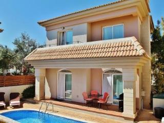 Aveon 2 bedroom villa, Protaras