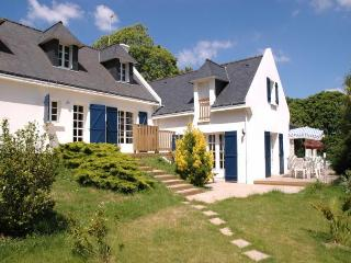 27689 - Villa du Port - Large Breton villa with private indoor pool