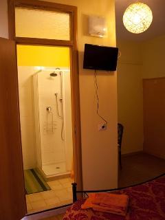 double room en suite with balcony