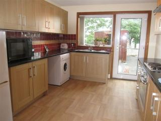 Spacious House for Big Groups, Kilmarnock