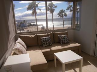 Beachfront Faro-Marbella,WIFI,terraces,A/A, 8p