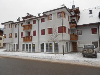 casa soleggiata a villabassa, Bolzano