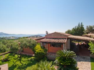 Villa Torquise beachside gorgeous sea view, Villasimius