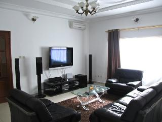 high standard apartment, Dakar