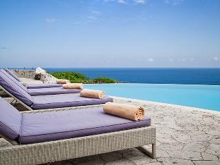 Private beach? Yes! 3-bdr Villa . Beach club access, butler, car & driver