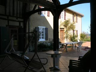 Enjoy outdoor dining in the tiled barn